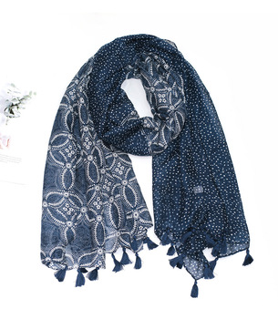 Spain Fashion Autumn Women Viscose Scarf African Floral Tassel Beach Hijab Shawls and Wraps Female Foulards Echarpe Muslim Hijab 2020 hijab shawls and wraps summer cotton tassel scarf flower pattern sunscreen large shawl linen scarf beach towel echarpe