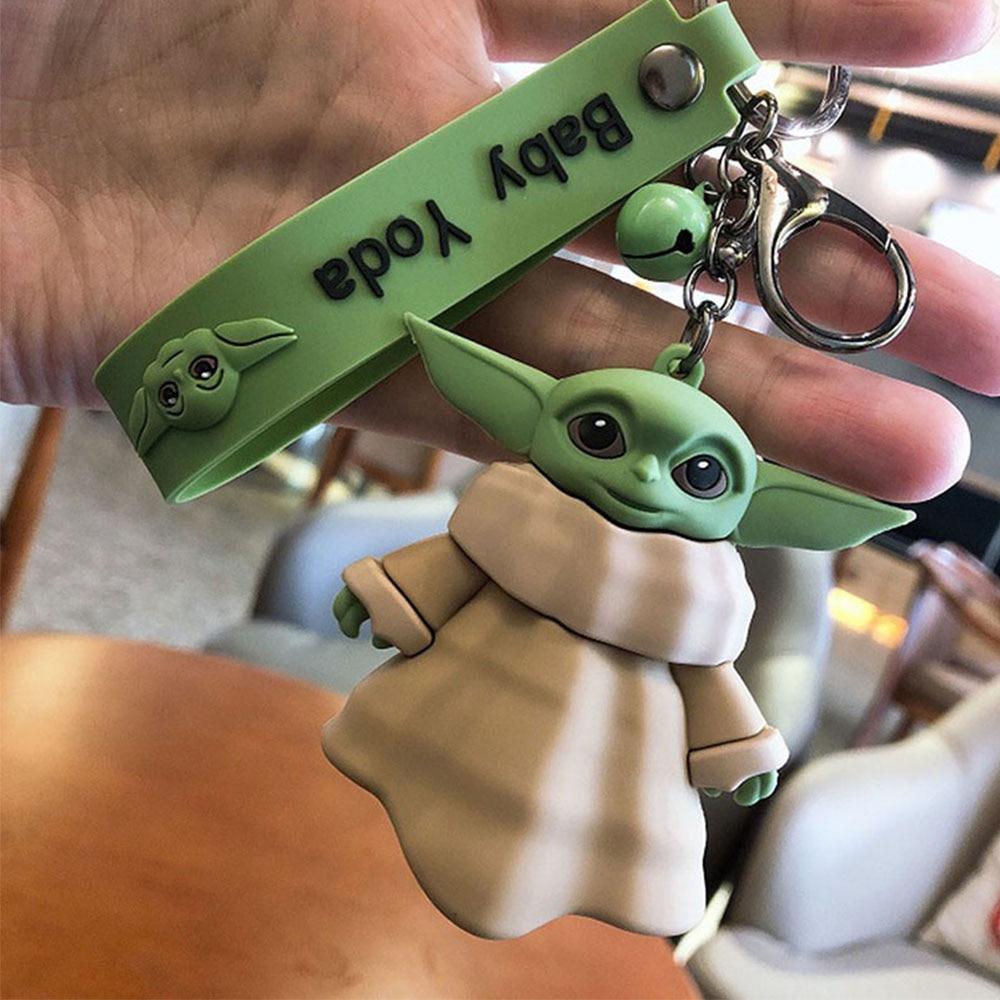Livraison directe Disney bébé Yoda porte-clés anneau dessin animé mandalorien Figure Star Wars Action figurine Marvel modèle vengeur jouet enfant cadeau