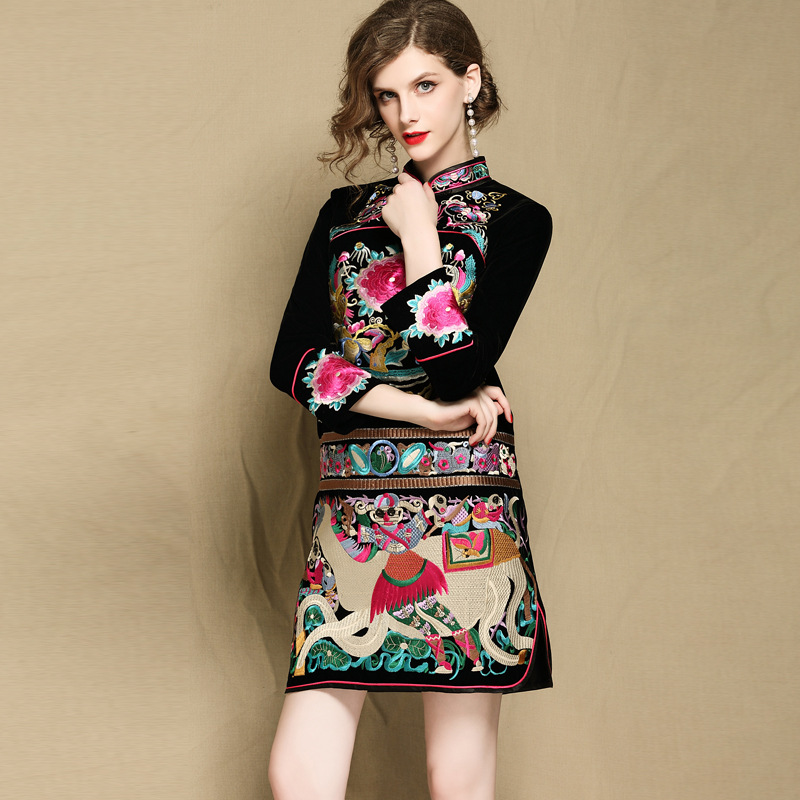 NEW High quality qipao women's Chinese style vintage stand-up collar nine sleeve embroidered cheongsam dress