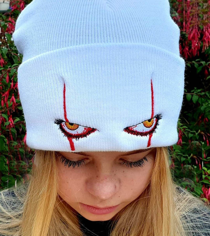 Unisex Winter Soft Outdoor Beanie Solid Color Knitted Hat Pennywise scary eyes Hood Hat for Kids Casual Outside Halloween Hats