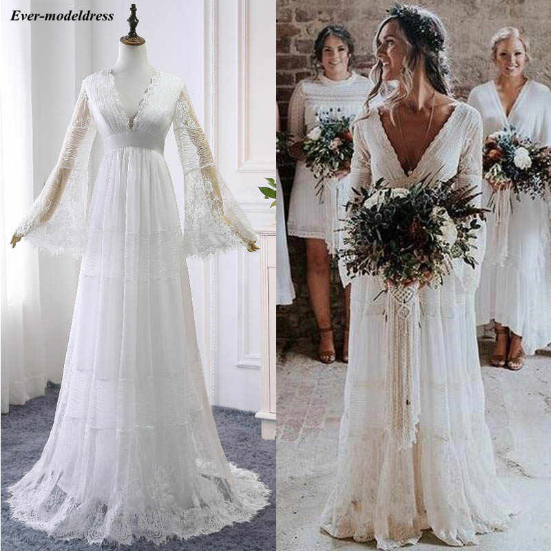 2019 Lace Boho Wedding Dresses Long Sleeves A-Line Backless Sweep Train Pleats Beach Bridal Gowns Bride Dress Vestido de noiva