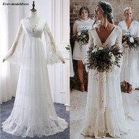 2019 Lace Boho Wedding Dresses Long Sleeves A Line Backless Sweep Train Pleats Beach Bridal Gowns Bride Dress Vestido de noiva