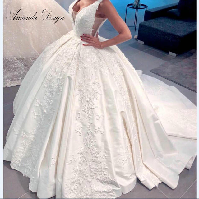 Amanda Disegno robe de mariage 2019 Del Manicotto Della Protezione Del Merletto Appliques Aperto Indietro Abito Da Sposa