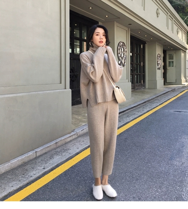 H242e4c4b47344f71942267f2db5348f4h - Autumn / Winter Turtleneck Sweater and Straight Solid Pants