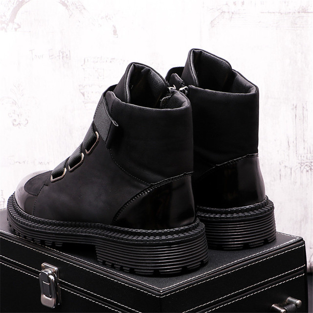 Botas de felpa cálidas para Hombre, botines estilo Punk para motocicleta, aumento de altura 5