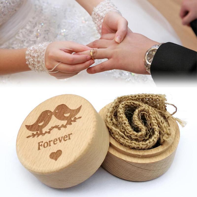 Individual Village Wedding Wood Ring Box Engagement ring box jewelry Frame Round Beech linen 52*52*42mm