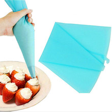 NEW 31*17cm Silicone TPU Piping Bag Reusable Icing Piping Cream Pastry Bag Cake Decorating Tool DIY(China)