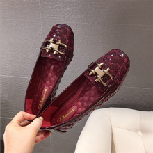 New Flat Shoe Woman Loafers Women Boat Shoes Party Wedding Dress Soft Bottom Square Toe Striking Luxury Brand Design Style