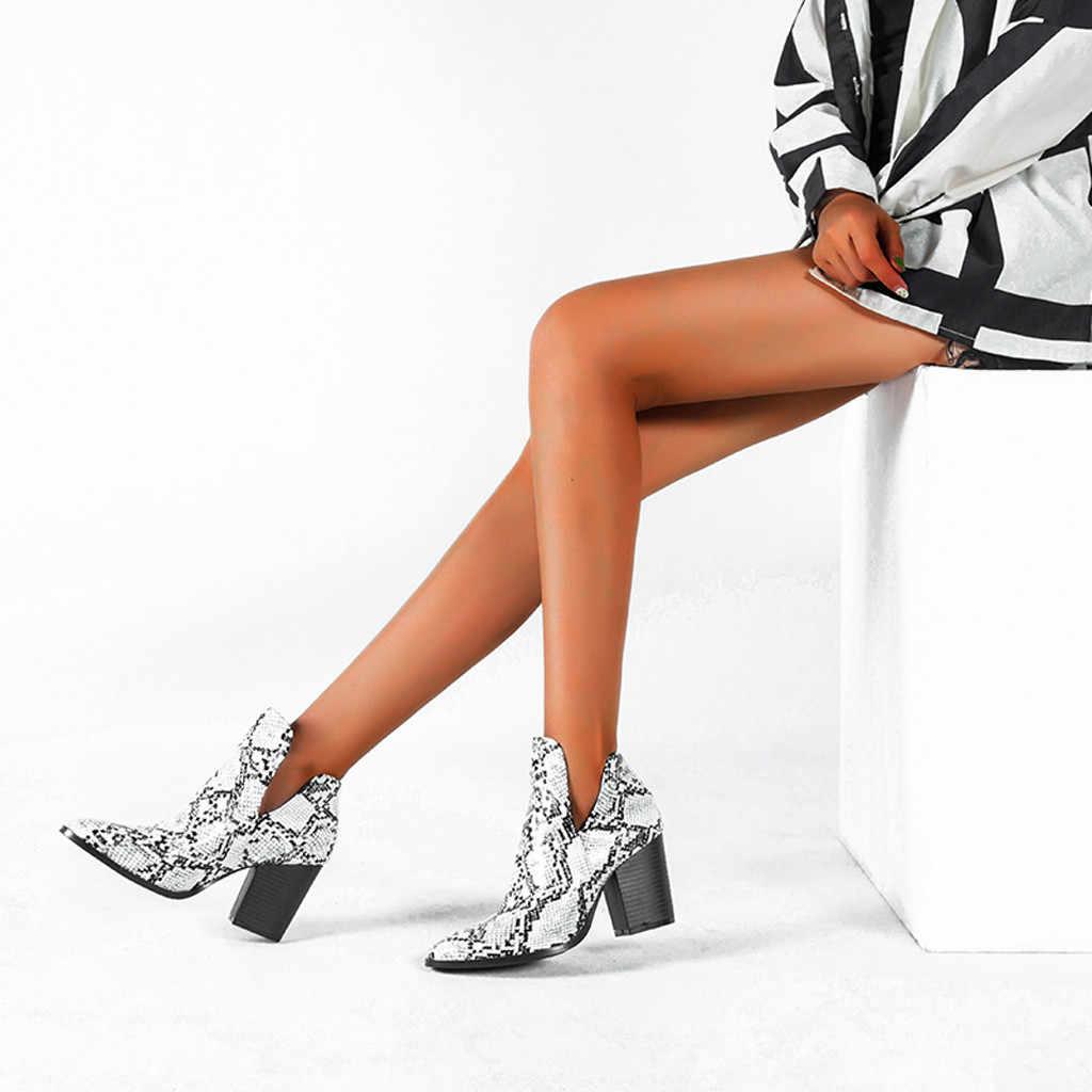 Yılan derisi Chelsea çizmeler kadın deri yarım çizmeler sonbahar seksi kısa çizme bayan şık yüksek topuk ayakkabı sivri burun serpantin Botas