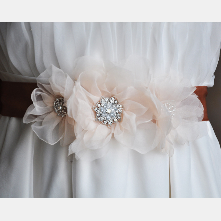 Europe And America Hot Selling Unique Fashion Handmade Flower Wedding Clothing Accessories Belt Bride Formal Dress Accessories G