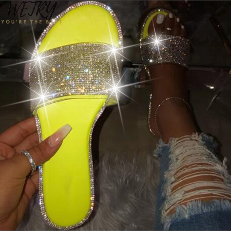 IN 2020 New Fashion Women Slippers Popular Bright Color Rhinestones Sparkling Flat Sandals Beach Ladies Slippers Beach Shoes