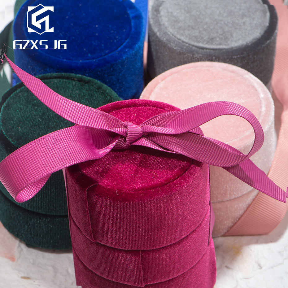 GZXSJG Round Velvet Jewelry Boxes for Wedding Pink Green Blue Grey Ring Necklace Boxes for Wedding Engagement Bridal Gifts