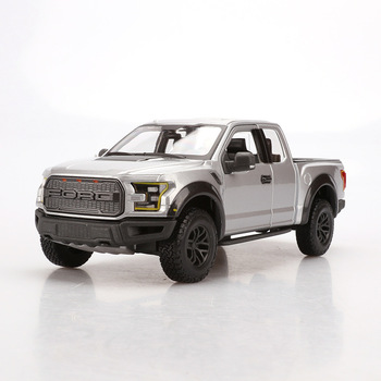 1:24 high simulation 2017 Ford F150 pickup alloy car model toys for children gifts