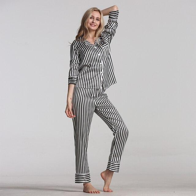 女性のためのパジャマパジャマセット春秋の新漫画プリント長袖女性パジャマスーツかわいいパジャマカジュアル