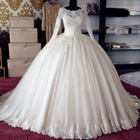 Lace Appliques Bateau Neck Long Sleeves Floor Length Tulle Wedding Gown Featuring Train Fashion Bridal Gown