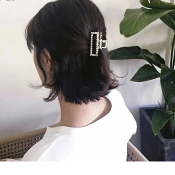 Fashion Pearl Geometric Hair Claw For Women Crab Square Shape Crystal Clips Girls Small Size Accessories