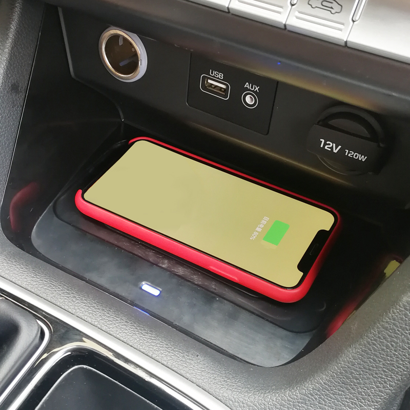 For Hyundai Sonata 9 2017 2018 2019 Car Accessories Mobile Phone 10W QI Wireless Charger Phone Adapter Charging Case Phone Holde