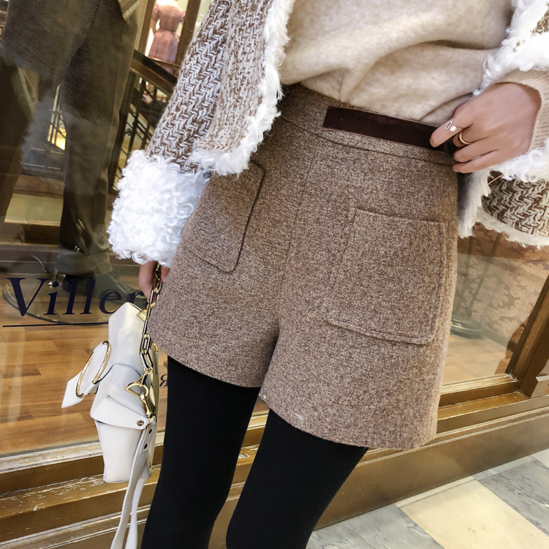 Mishow 2019 New Autumn Fashion Women Shorts High Waist Casual Women Short Pants Wide Leg Pants MX18D2452