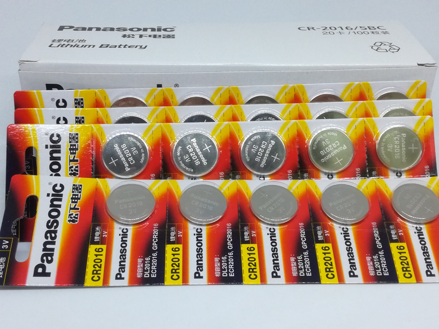 100pcs/lot Panasonic CR2016 3V Button Cell Coin Battery for Watch Toys Computer Calculator Control CR 2016 Batteries image