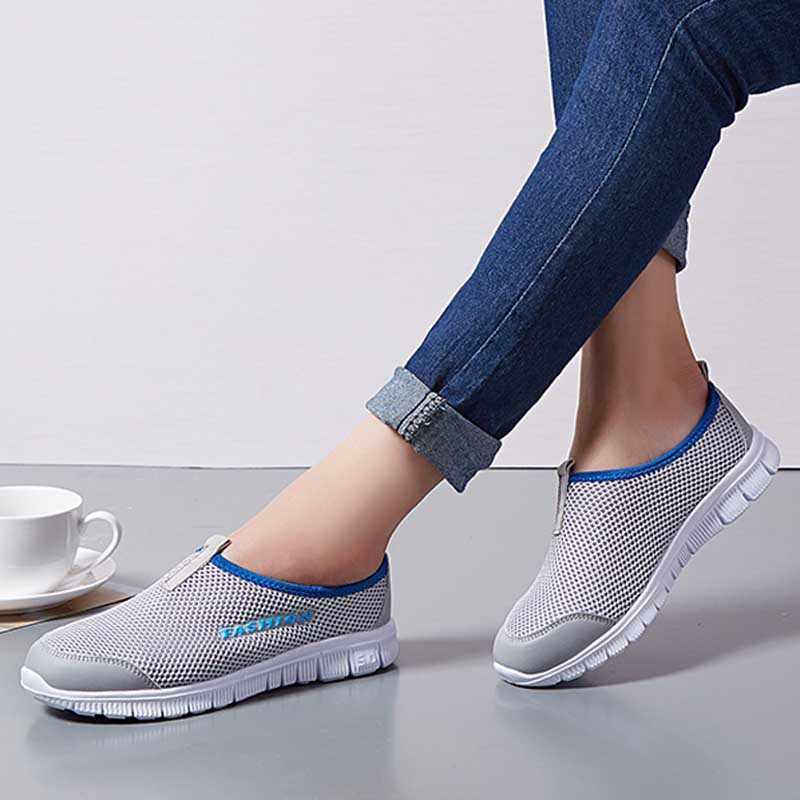 통기성 메쉬 여름 신발 여자 편안한 편안한 캐주얼 숙 녀 신발 2020 새로운 야외 스포츠 여성 스 니 커 즈 산책