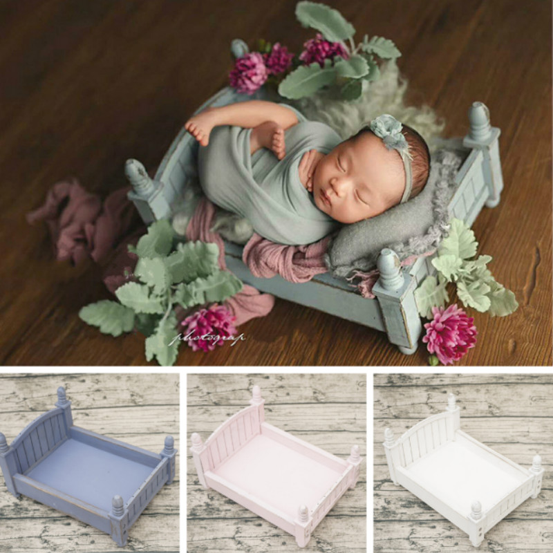 Newborn Photography Props Mini Bed Retro Wooden Bed Baby Shoot Accessories Infant Posing Props Baby Cribs Various Colors