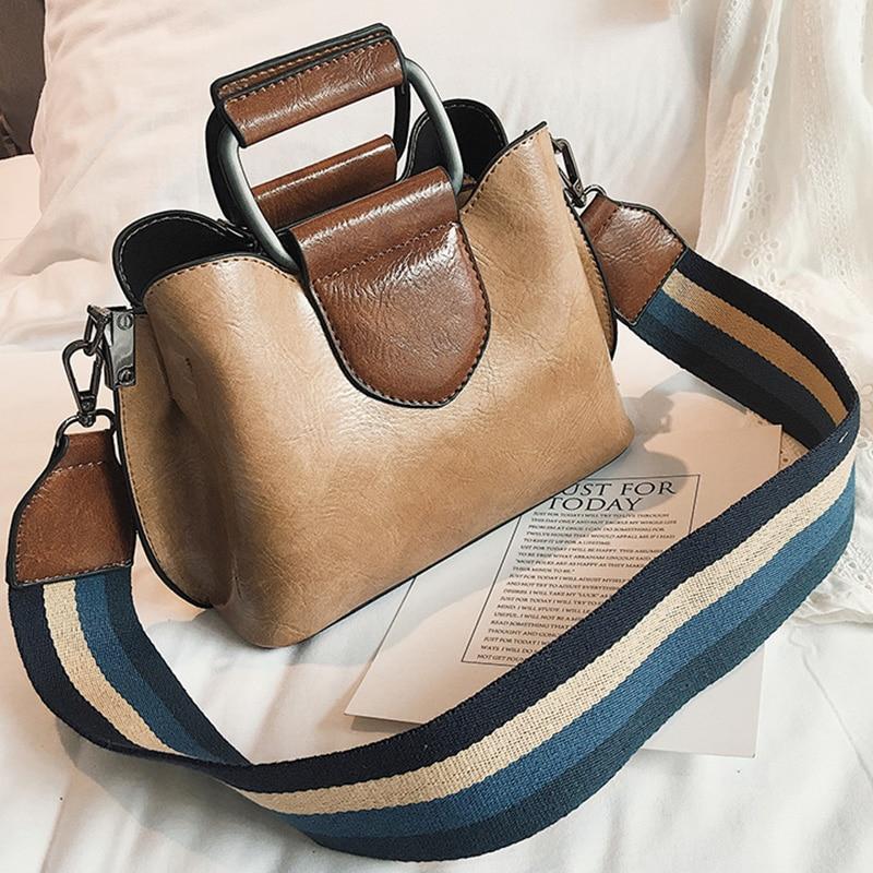 Simple Oil Wax Leather Bucket Bag Womens Crossbody Bags Color Wide Shoulder Strap Luxury Handbag Designer Ladies Shoulder Bags