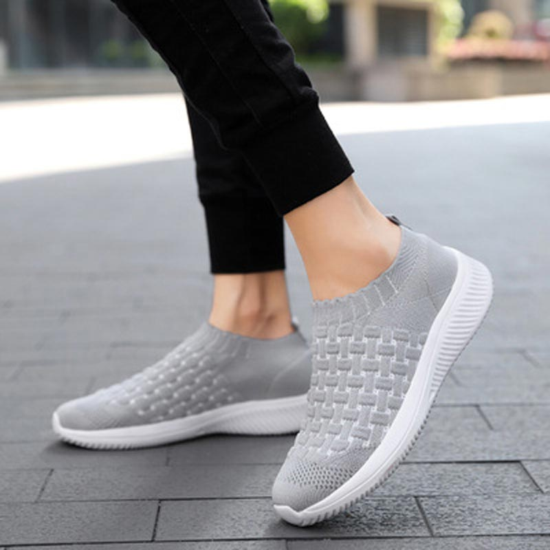 Women Shoes Sneakers 2019 New Casual Walking Shoes Woman Vulcanize Shoes Breathable Mesh Women Sneakers Tenis Feminino