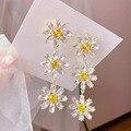 MENGJIQIAO Koreanische Elegante Gelbe Kristall Blume Blütenblatt Quaste Drop Ohrringe Für Frauen Studenten Mode Party Pendientes Schmuck