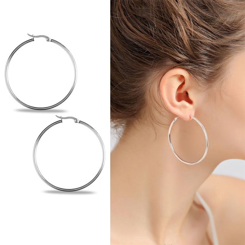 JIOROMY 1Pcs Titanium Steel Big Circle Women Hoop Earrings Exaggerated Hoop Ear Loop Smooth Ring Earring Stainless Steel Jewelry