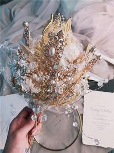 Image 3 - PEORCHID יוקרה בעבודת יד קריסטל שרביט חתונה פרחים מלאכותיים פניני ריינסטון כלה זר מותאם אישית