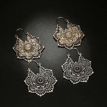 1Pair Earrings Retro Creative Bohemian National Wind Carved Geometric Hollow Flower Alloy Earrings Jewelry Ornaments Accessories national wind alloy jewelry round stone earrings