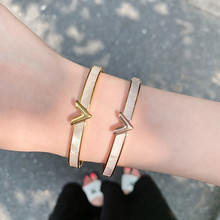YUN RUO Fashion Luxury Letter V Bangle Rose Gold Titanium Steel Jewelry Woman Christmas Gift Not Change Color Drop Shipping luxury brand fashion jewelry bangle titanium steel gold color love letter bracelet