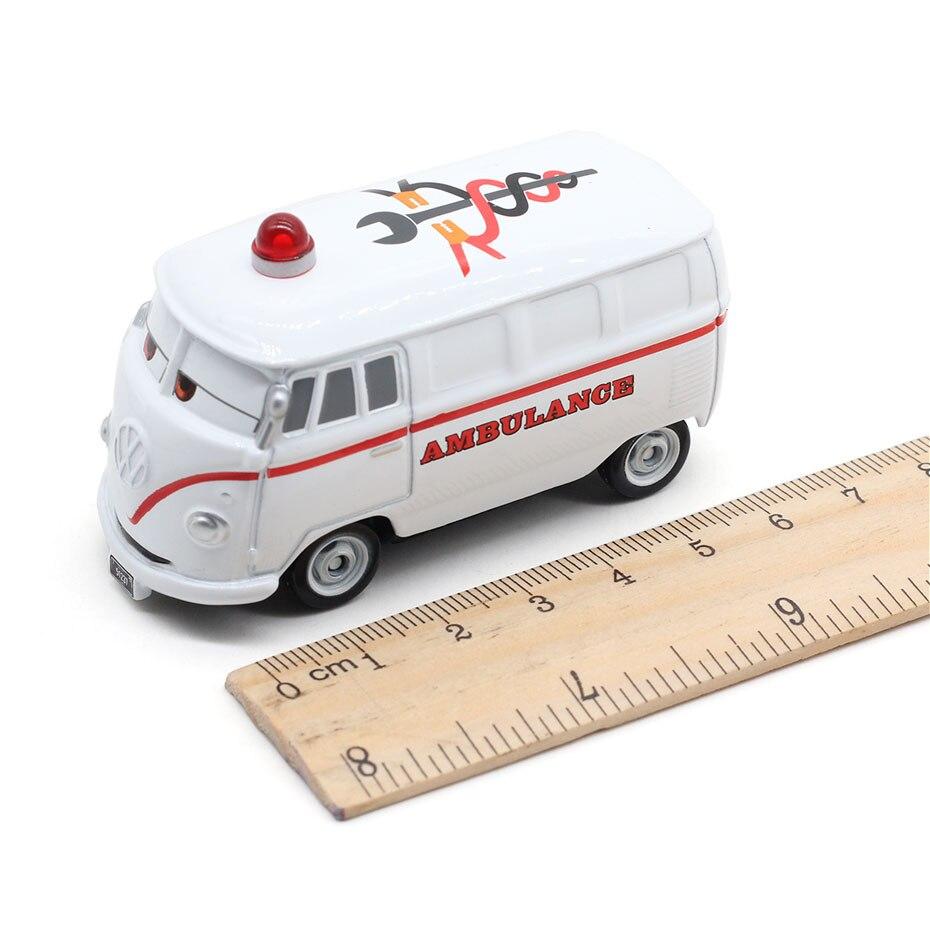 Disney Pixar Cars 3 Diecasts Toy Vehicles Miss Fritter Lightning McQueen Jackson Storm Cruz Ramirez Metal Car Model Kid Toy Gift
