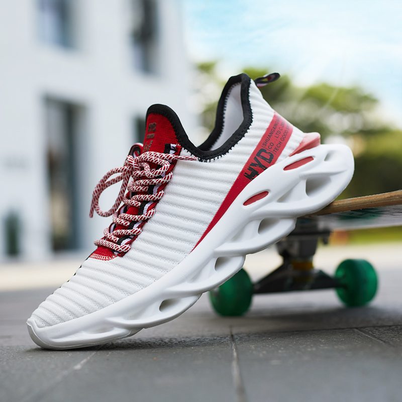 Men's Casual Shoes 2019 New Fashion Breathable Mesh Light Personality Sneakers Flying Weaving Shoes Women's