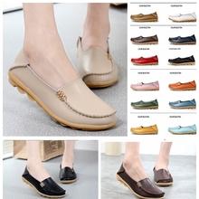 Obuwie damskie na co dzień buty dla mamy białe buty damskie skórzane na płaskim obcasie płaskie antypoślizgowe buty pielęgniarskie antypoślizgowe Plus-size buty damskie tanie tanio SOVIMIVOS Podstawowe Patent leather RUBBER Slip-on Pasuje prawda na wymiar weź swój normalny rozmiar Metalu dekoracji