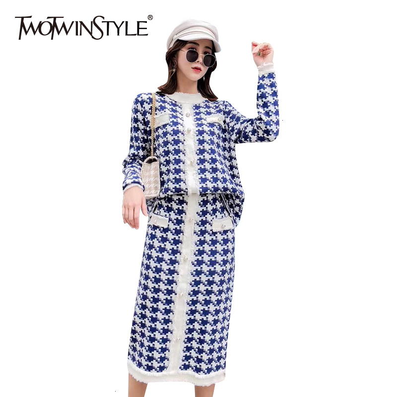 TWOTWINSTYLE Plaid Two Piece Set For Women O Neck Long Sleeve Sweater High Waist Skirts Slim Female Suit 2019 Autumn Fashion New