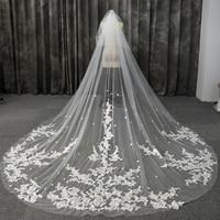 2020 New Arrival Bridadl Veil Wedding Veils Accessories Vintage Lace Appliques Two Layers Long Veils