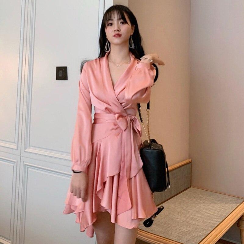 Nouvelle mode 2019 femmes printemps été robe à manches longues volants solide couleur irrégulière ourlet ceintures décontracté Mini robe