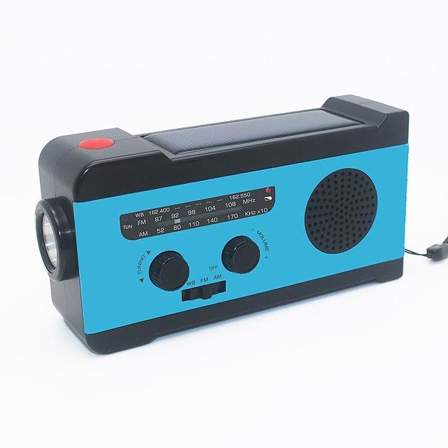 Protable Am/Fm Radio Hand Crank Generator Solar Power With Flashlight 2000Mah Phone Charger