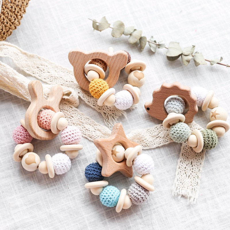 1PC Wooden Teether Cartoon Animal Baby Bracelet Crochet Beads Wood Crafts Ring Engraved Beads Baby Teether Wooden Toys Product