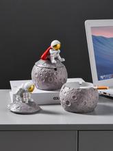 Kreskówki popielniczka z żywicy Nordic biuro spersonalizowane popielniczka kreatywny śliczne Ceniceros Creativos salon dekoracji DA60YHG cheap CN (pochodzenie) ashtray ROUND Przenośne ceramic Astronaut ashtray