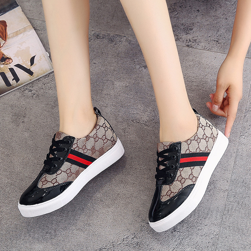 PU Lace-up Ladies Shoes Comfortable Flat Shoes Women Casual Vulcanized Shoes Lace-up Sneakers Women Flats Autumn Women Shoes NEW