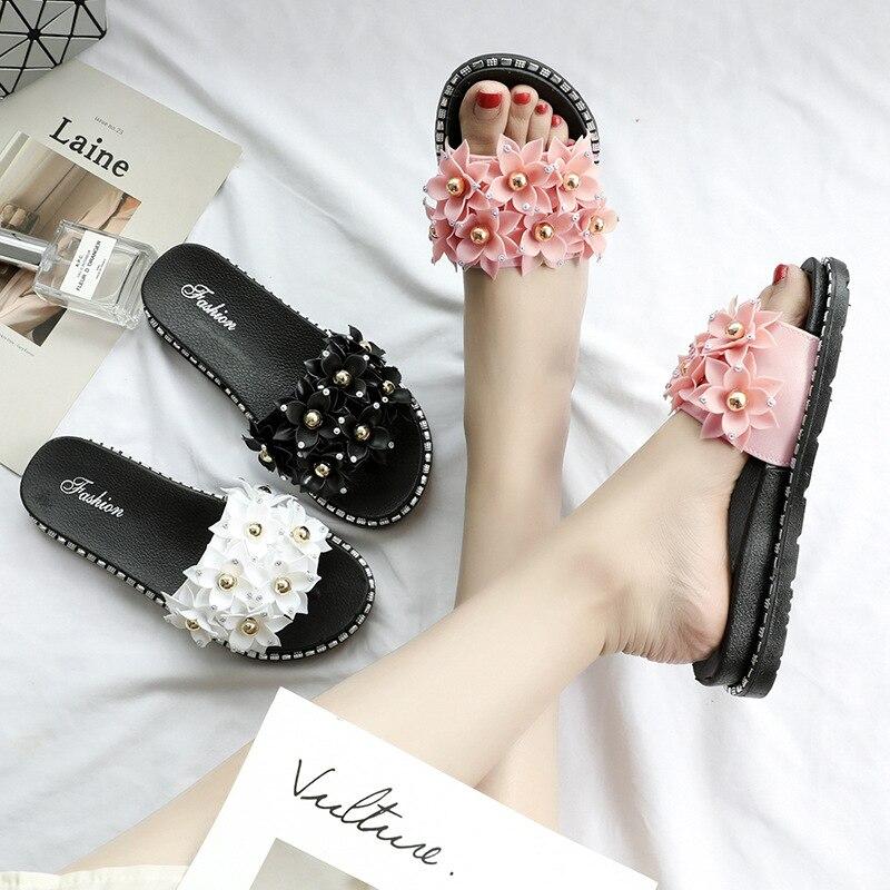 Fashion Summer Women Slippers Rhinestone Beach Slides Women Shoes Sweet Flowers Slip On Ladies Girls Flip Flops Slide Sandals