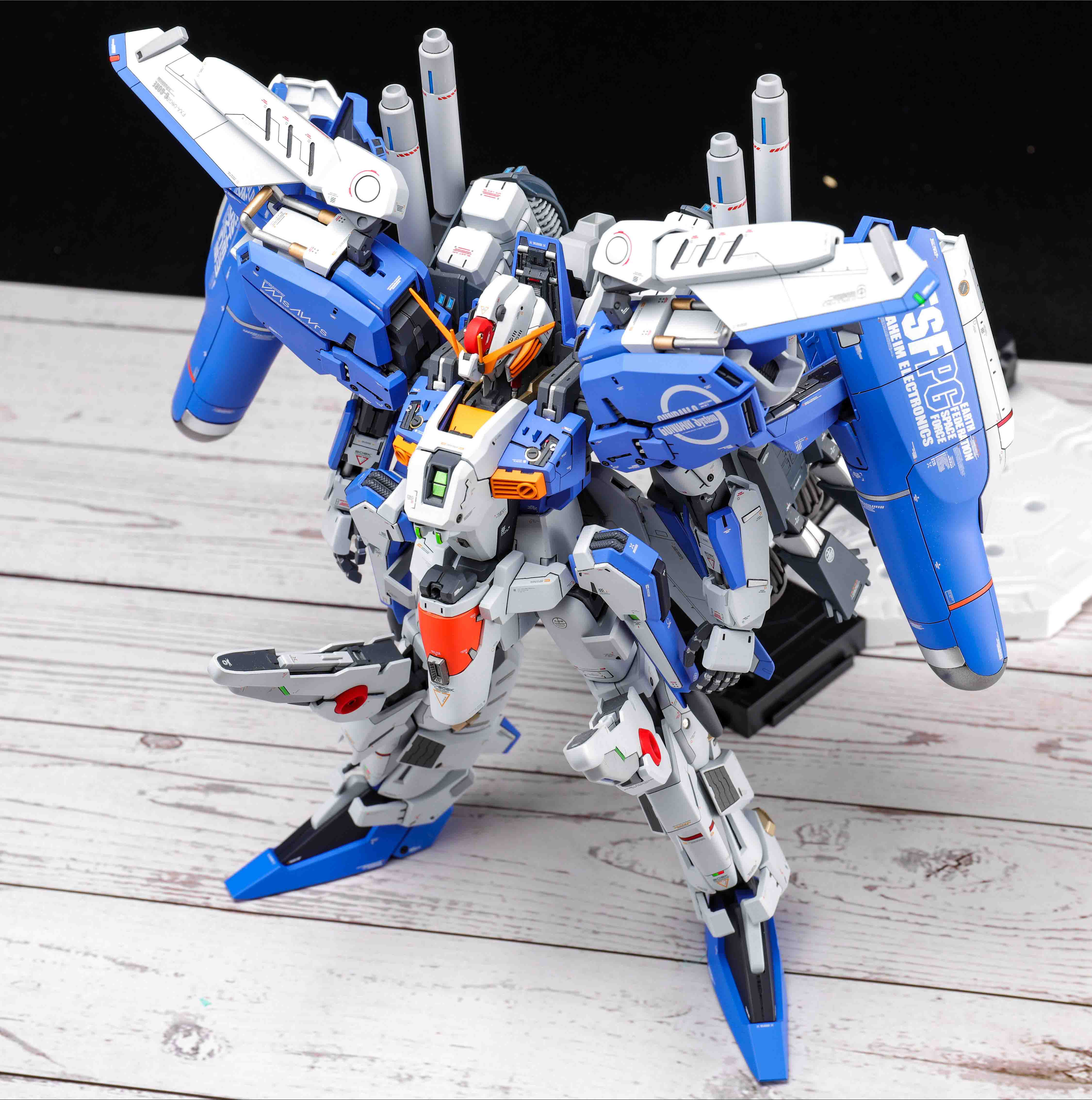 Image 3 - COMIC CLUB Pre sale Refitting Suite of GK resin for Gundam MG 1/100 EX S EXS 1.5 Ver. assembly action toy figuresAction & Toy Figures   -