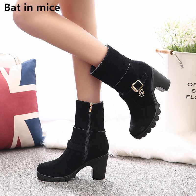 Özel fiyat kadın rahat sıcak kar botları kadın yuvarlak ayak yüksek topuklu düğün elbisesi orta buzağı çizmeler ayakkabı kadın botları mujer w027
