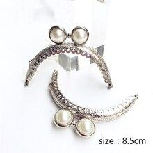 8.5 centimetri di trasporto delle donne sacchetto della moneta che fanno del metallo di colore argento catenaccio bacio fibbia zigrinatura borsa montatura argento colore 10 pz/lotto
