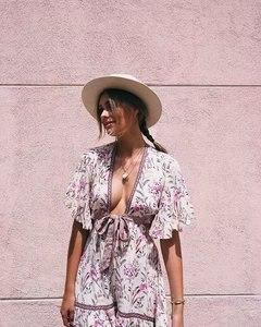 Image 5 - Robe maxi à imprimé fleuri pour femme, tunique à manches courtes et col en V, inspiration vintage et bohème, tenue plissée et chic, pour dames, idéal pour lété