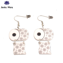 New Funny Roll Printed toilet paper leather Earrings Creative Towel Toilet Paper Earrings for Woman Girl Personality Jewelry girl printed medium paper bag