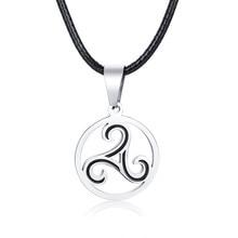 Triskilion Triskele collar espiral Triple nudo celta irlandés colgante de la joyería de los hombres