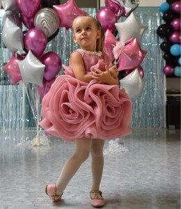 Розовое Бальное Платье До Колена Для маленьких девочек, бальное платье с цветочным рисунком и жемчужным вырезом, праздничное платье для мла...